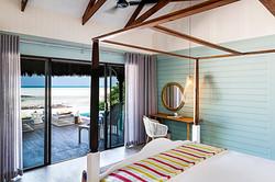 resort  - custom 4 poster bed