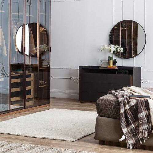 dresser.set of drawers.bedroom furniture.furniture.