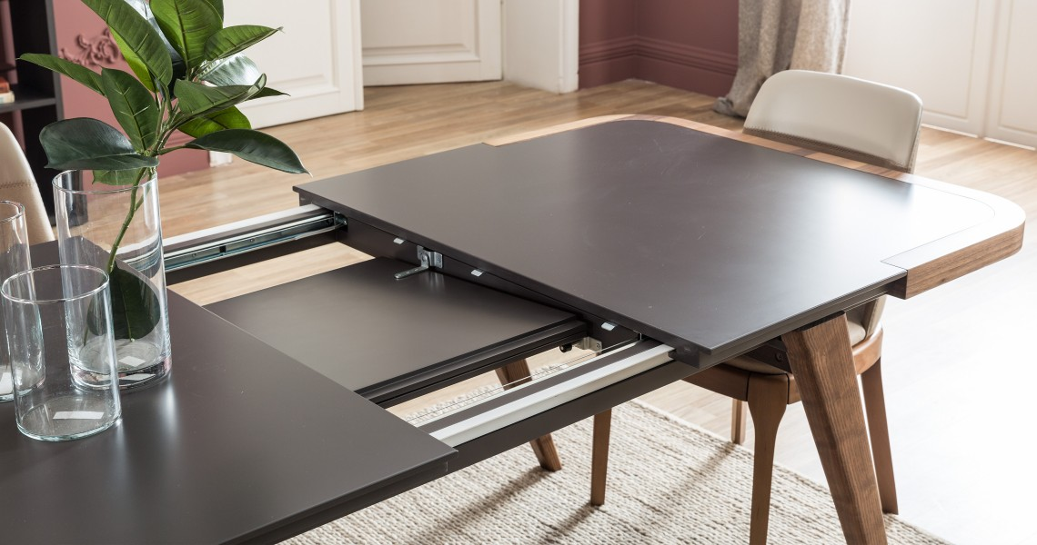 intelligent extendable dining tables