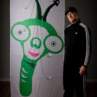 Alien Giraffe Edo Kite