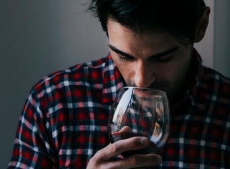 ¿De dónde provienen los aromas que sentimos en los vinos?