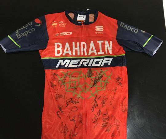 signed Bahrain Merida jersey
