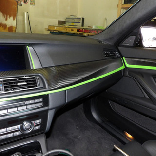 interiorwith greencentral_image_wraps_bloomington_car_wraps1