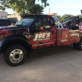 joes towing central_image_wraps_bloomington_car_wraps1