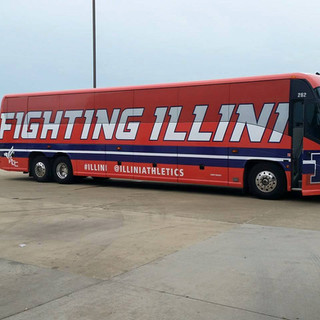 Fighting Illini @central_image_wraps & bloomington_car_wraps