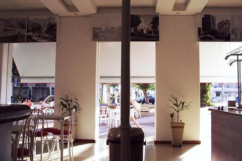 Interior sorveteria Bicota de dia - Decora Arquitetura