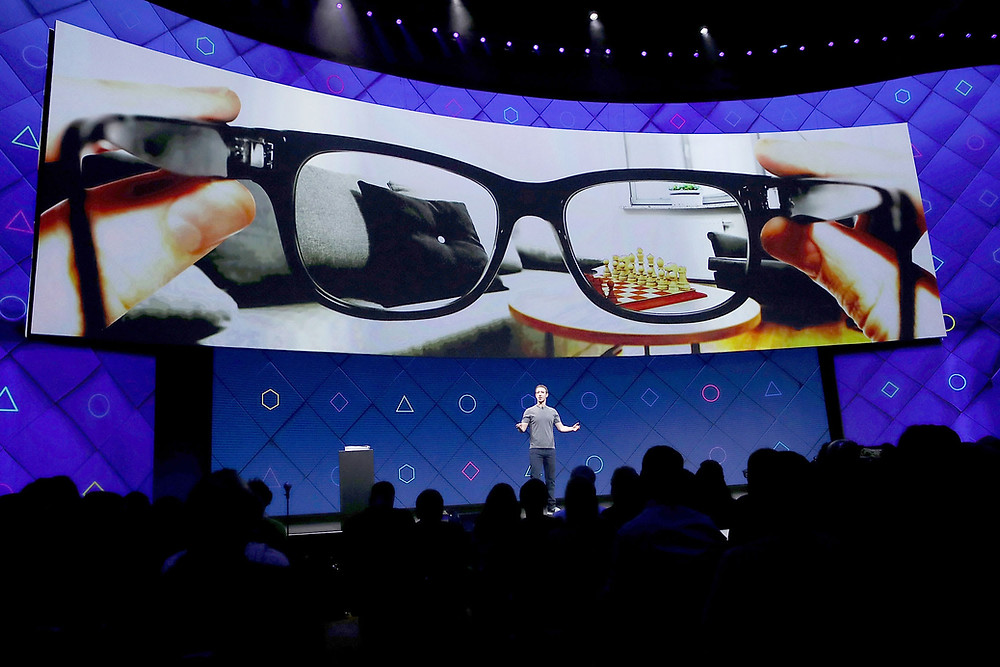 Facebook Partners with Ray-Ban on AR smart glasses for 2021 - Source CNBC/Getty Images