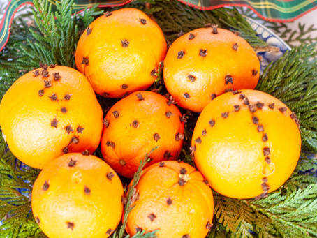 Christmas Orange and Clove Pomanders