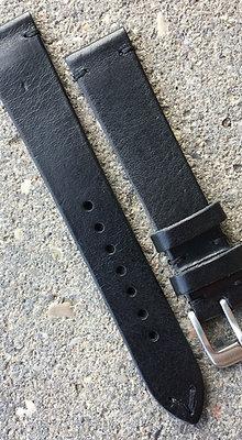 18mm Vintage Style black strap
