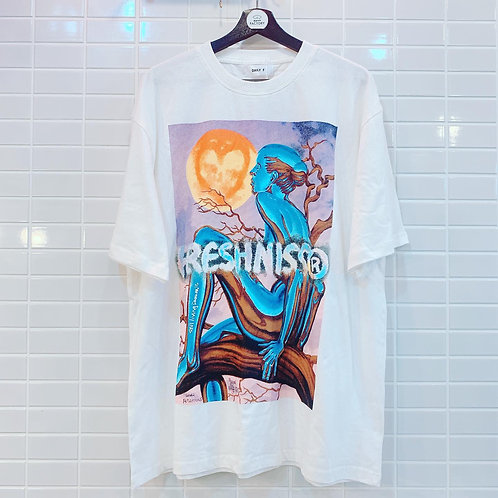 FRESHNISS Tシャツ 全1色