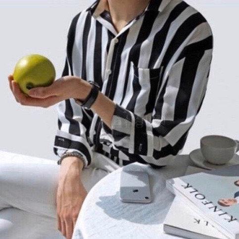 韓国風 ストライプ シャツ  全2色