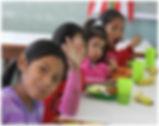 Kinder im Comedor