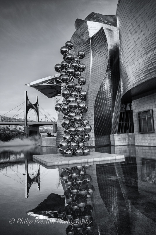 Monochrome photograph of the Guggenheim Museum, Bilbao, Spain - Philip Preston photography