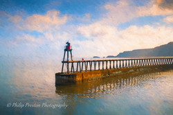 Whitby Lighthouse Pier