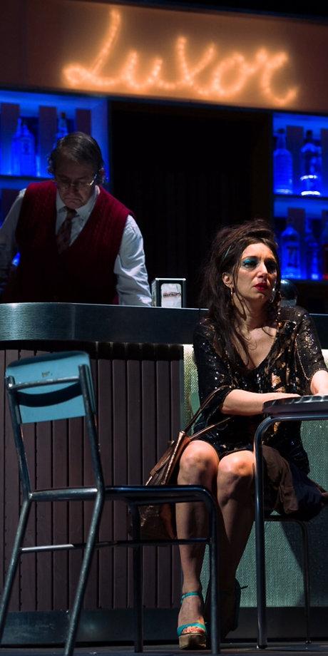 Nigh bar di Arold Pinter di Valerio Binasco con Arianna Scommegna