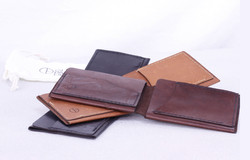 guy_paramore_leather_wallets