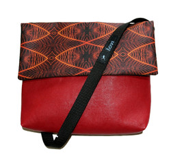 Benita_Vincent_small_leather_bag