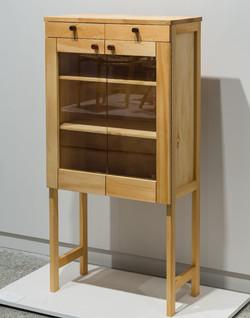 Send Madsen cabinet
