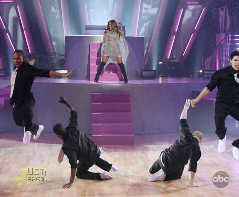 jennifer-lopez-dancing-with-the-stars-29_2