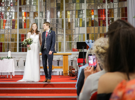 What's The Best Camera To Use For Wedding Photography?