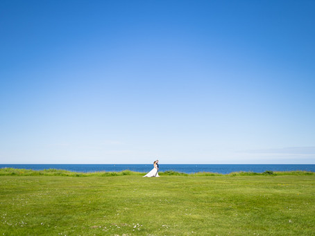 Whitley Bay Wedding Photography: Laura and Chris