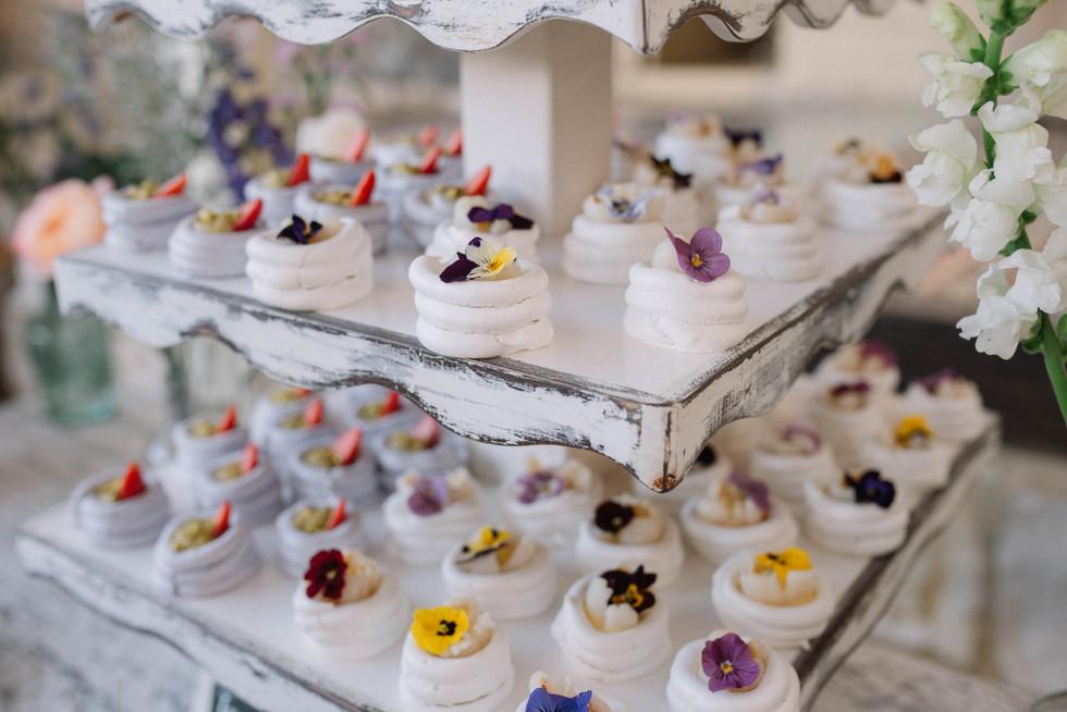 BODA RICHI Y CAMI (278).JPGboda-organica-en-el-cielo-flores-vestido-de-novia-vestido-de-flores-catalina-bayona-boda-catolica-said-moda-matrimonio-calera-decoracion-eventos-torta-postres-doris-alvarez-fotografia