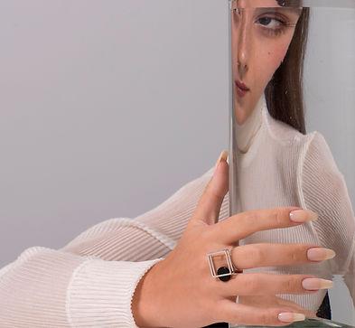 anel em prata e onix