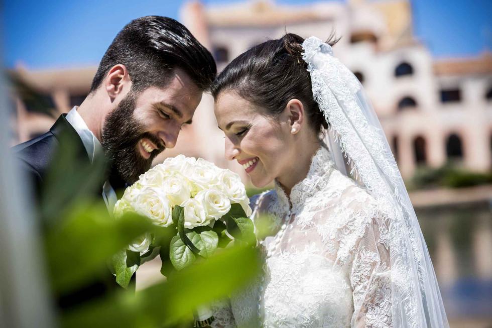 Cala-di-Volpe-Hotel-CostaSmeralda-Wedding-Couple-with-Bouquet.jpg