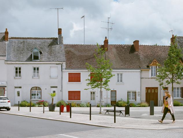 Place du bourg du Fau
