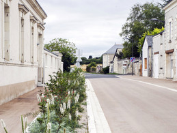 Rue Saint-Martin et parvis de l'Eglise