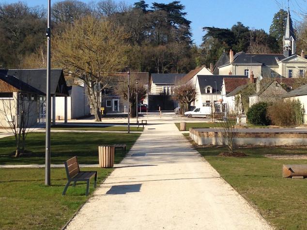 Rue de la République et jardin public