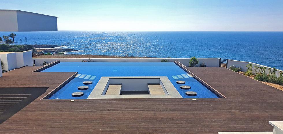 Villa a Cipro.jpg