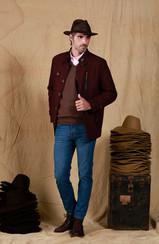 Sombrero Indiana Cuero Engrasado - Camisa Esquel Oxford - Sweater Puan - Gaban Faustino - Pantalón Posadas Clásico