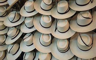 6c8afac40f2b0 Lagomarsino - Fábrica de Sombreros e Indumentaria
