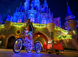 Disney Holiday Magic Questu5