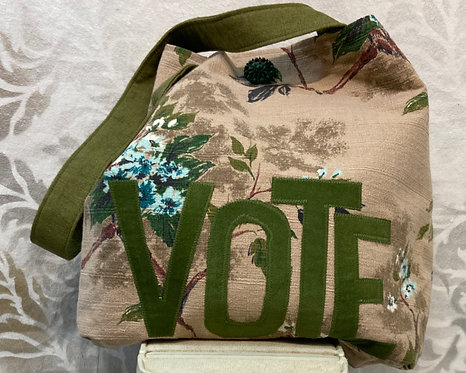VOTE TOTE -dreamy creamy barkcloth