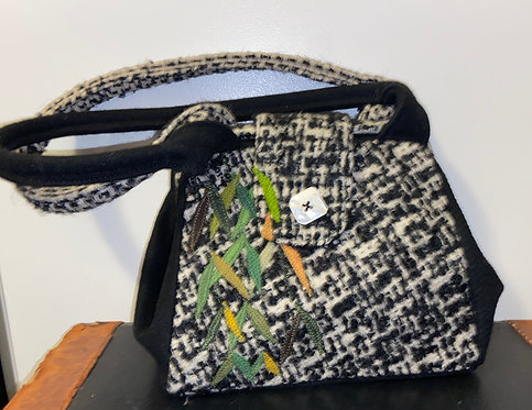 nubby black and white willow bag