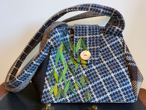 blue and brown weeping willow dot bag