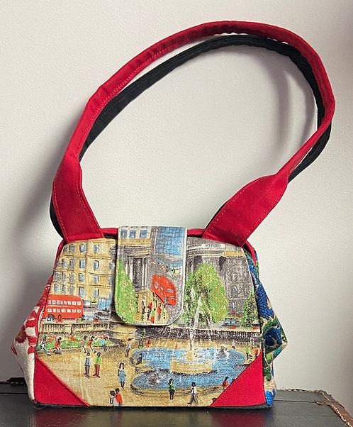 Lively London tea towel dot bag