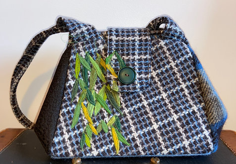 brown and blue weeping willow dot bag