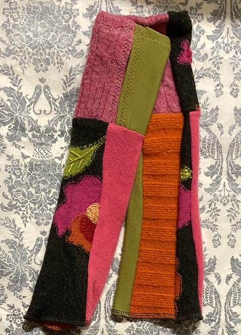 cashmere and wool embroidered gloves