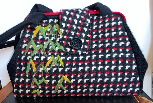 red and black sassy evelyn bag