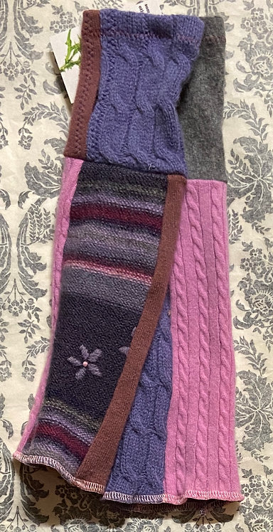 pink and purple chunky wool and cashmere gloves