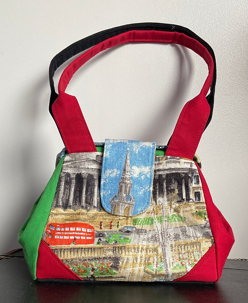 London's Trafalgar Square tea towel dot bag