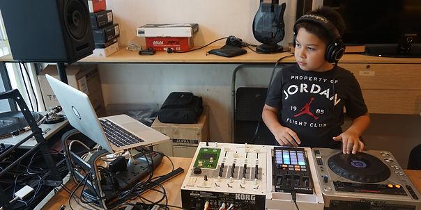 DJ for kids4