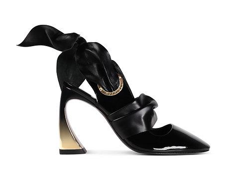 Fixateur Sandals