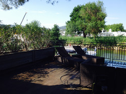 La terrasse côté ponton