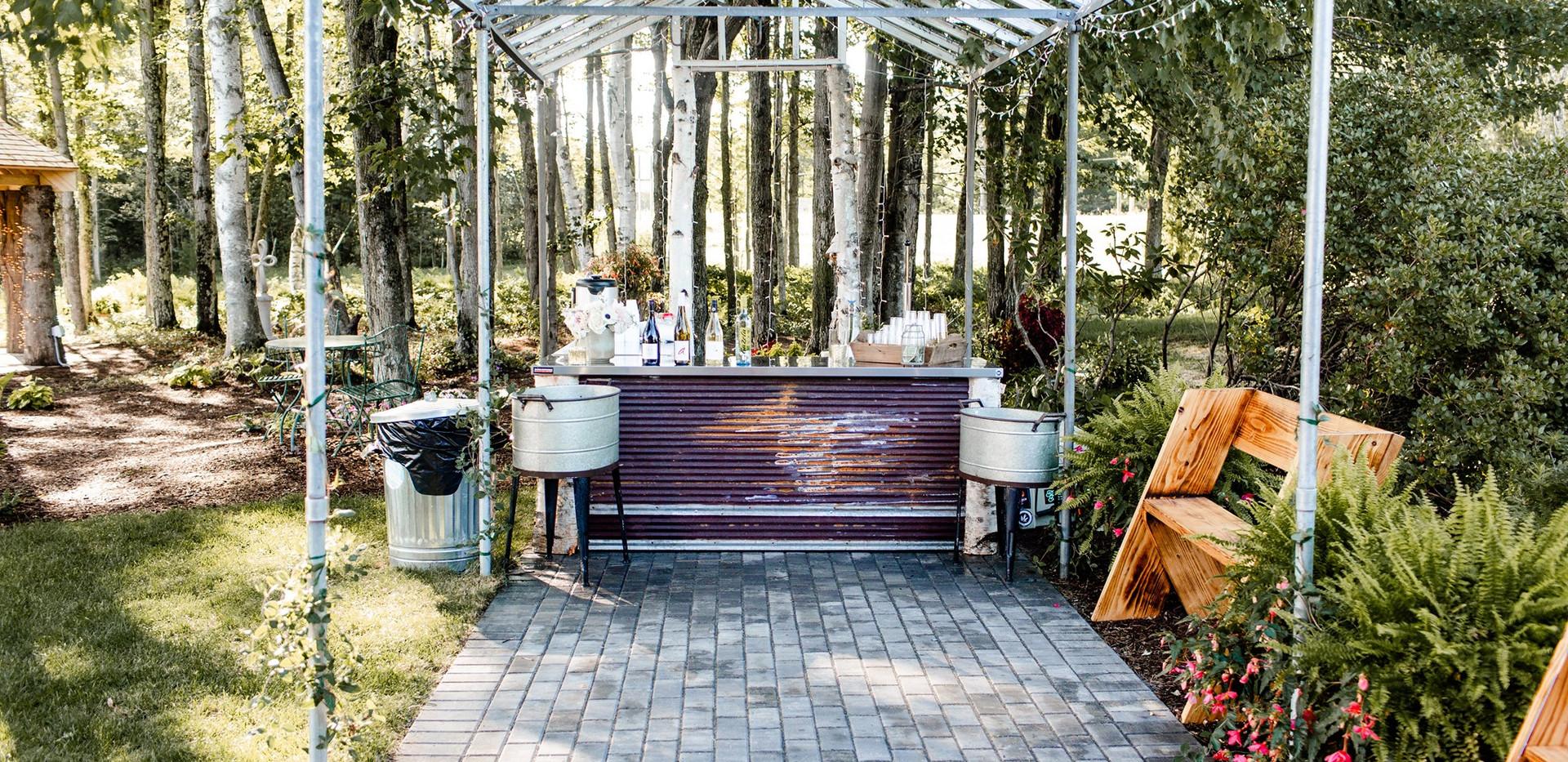 Outdoor bar with pergola