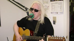 LIVE in the Route 66 Cruisin Country studios