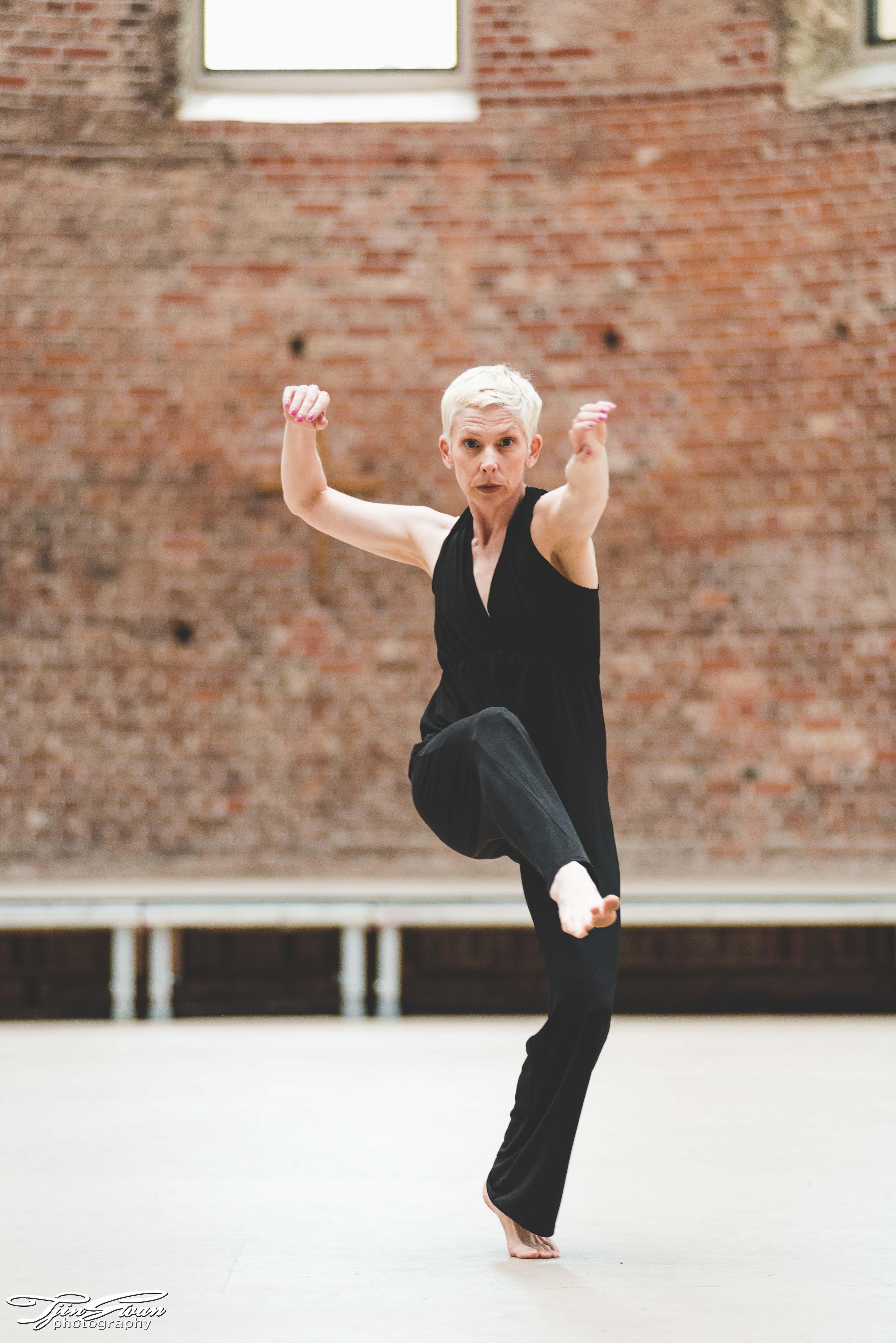 Heidi Weiss   Dancer